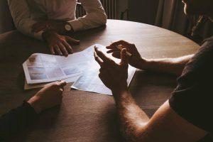 8 signes d'un micro manager (et comment ne pas en devenir un)