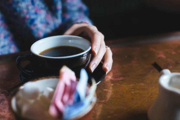 Comment mettre fin aux mauvaises habitudes: 9 méthodes éprouvées scientifiquement