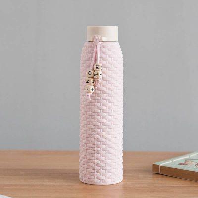 Bouteille d'eau en verre imitation rotin (Rose 310 ml)