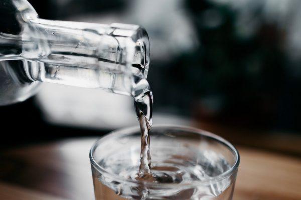 Pourquoi utiliser une bouteille d'eau en verre?